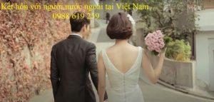 Lam gi de ket hon voi nguoi nuoc ngoai tai Viet Nam - Anh minh hoa